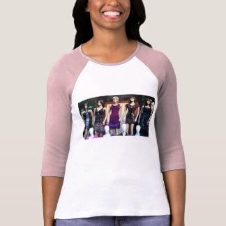 Mannequin Queens T-Shirt