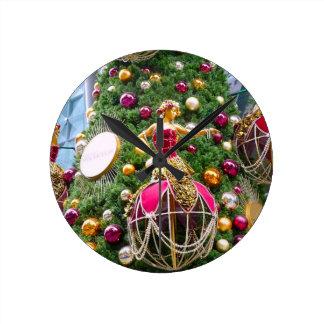 Manniquins del árbol de navidad reloj de pared