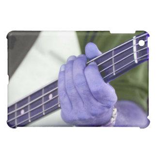 mano azul baja del jugador en la fotografía del