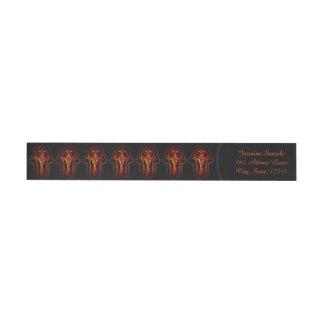 Mano de Hamsa del Celtic (naranja/rojo) Etiquetas Postales
