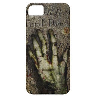 Mano de levantamiento del zombi iPhone 5 Case-Mate carcasa