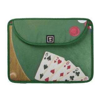 Mano de póker que gana seis a diez fundas para macbooks