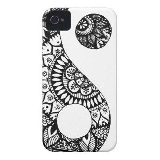 Mano de yang del yin del Doodle dibujada iPhone 4 Case-Mate Protector