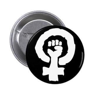 Mano femenina universal de la solidaridad del símb pins