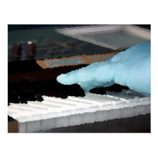 mano izquierda eléctrica azul painterly del piano  postal