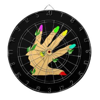 mano mágica con los clavos de los colores