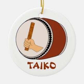 Mano que celebra teclear japonés del tambor de adorno navideño redondo de cerámica