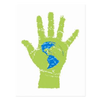 mano verde globo terráqueo globe green hand tarjeta postal