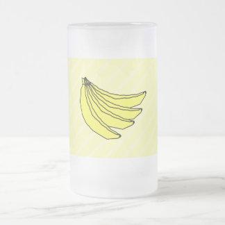 Manojo de plátanos amarillos taza cristal mate