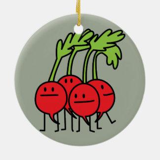 ¡Manojo feliz del rábano - rábanos que son Adorno Navideño Redondo De Cerámica