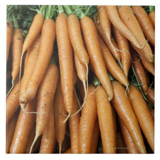 Manojos de zanahorias, marco completo teja  ceramica