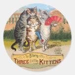 Manoplas perdidas de los pequeños gatitos del vint etiquetas