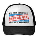 Manos de la atención sanitaria gorras de camionero