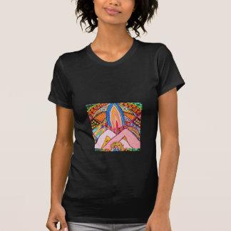 Manos de la lámpara unidas juntas Nameste Camiseta