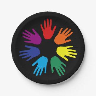 Manos del arco iris platos de papel