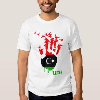 Manos del vuelo de Libia Remera