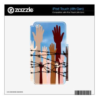 Manos detrás de un alambre de púas iPod touch 4G calcomanías