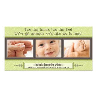 Manos minúsculas, pies minúsculos de invitación de tarjetas con fotos personalizadas