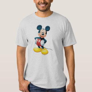 Manos modernas de Mickey el | en caderas Playera