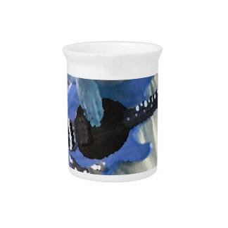 manos painterly del bajo de secuencia del azul cua jarras de beber