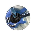 manos painterly del bajo de secuencia del azul cua reloj