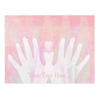 Manos rosadas de encargo y postal apacible del cor