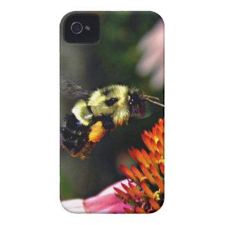 Manosee el caso del iPhone 4 de la abeja iPhone 4 Funda