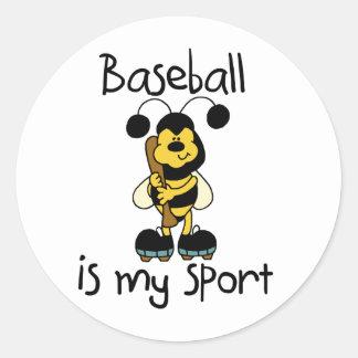 Manosee el deporte del béisbol de la abeja etiqueta redonda
