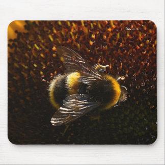 Manosee la abeja alfombrilla de ratón