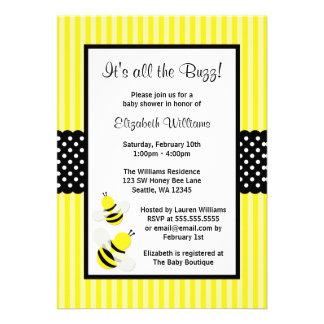 Manosee las invitaciones rayadas abeja de la fiest