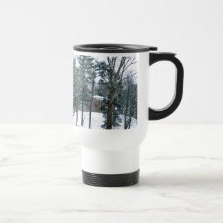 Mansión en la nieve tazas de café