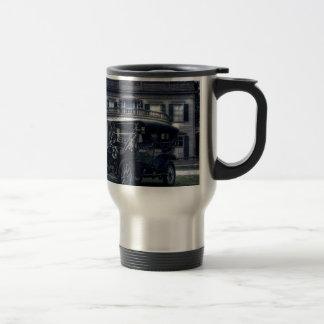 Mansión y coche tazas de café