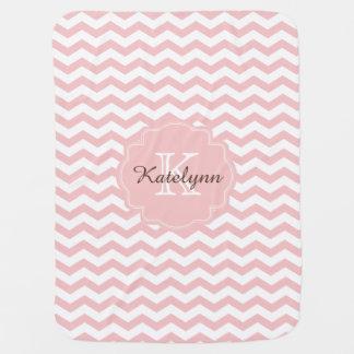 Manta de encargo del bebé del zigzag del rosa en mantitas para bebé