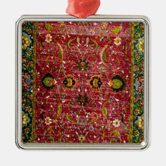 Manta oriental en rojo y verde adorno navideño cuadrado de metal