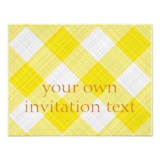 mantel amarillo invitacion personalizada