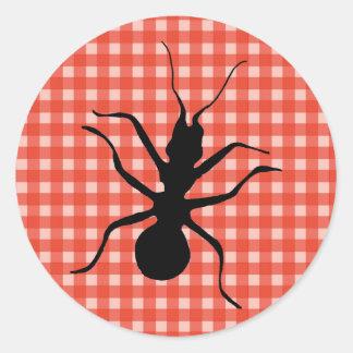 Mantel de la tela escocesa de la hormiga del bicho pegatina redonda
