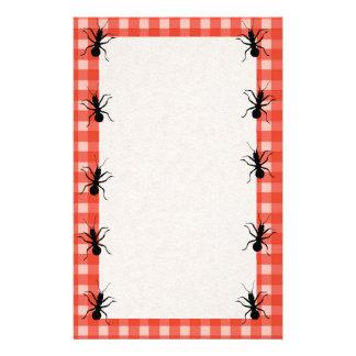 Mantel de la tela escocesa de las hormigas del bic papelería