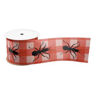 Mantel negro de la tela escocesa de la hormiga del lazo de raso