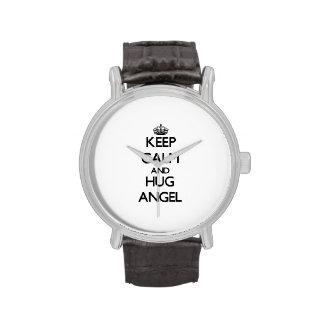 Mantenga ángel tranquilo y del abrazo reloj