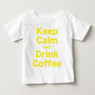 Mantenga café tranquilo y de la bebida camisas