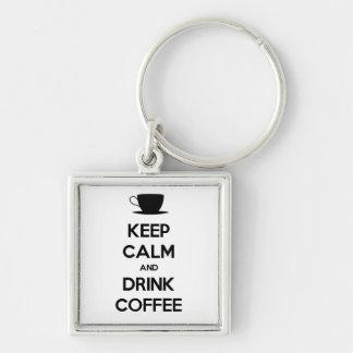 Mantenga café tranquilo y de la bebida llaveros personalizados