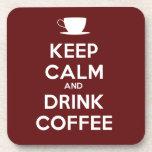 Mantenga café tranquilo y de la bebida posavasos de bebida