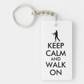 Mantenga caminar tranquilo del zombi del llavero