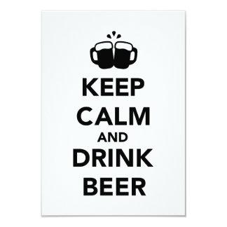 Mantenga cerveza tranquila y de la bebida comunicados personales