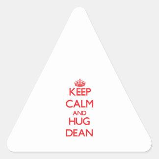 Mantenga decano tranquilo y del abrazo pegatina triangular