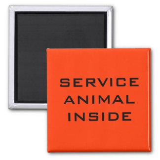 Mantenga el animal dentro del imán de la puerta