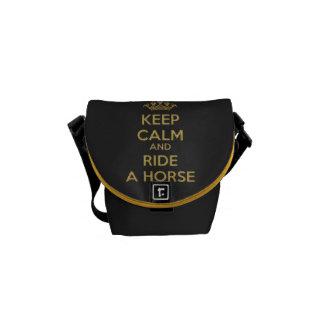 Mantenga el caballo tranquilo la mini bolsa de men bolsa de mensajeria