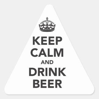 Mantenga frase tranquila y de la bebida de la pegatina triangular