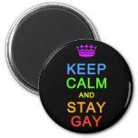 Mantenga imán tranquilo y de la estancia del gay