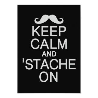 Mantenga invitar tranquila y 'de Stache/tarjeta, Invitación 12,7 X 17,8 Cm